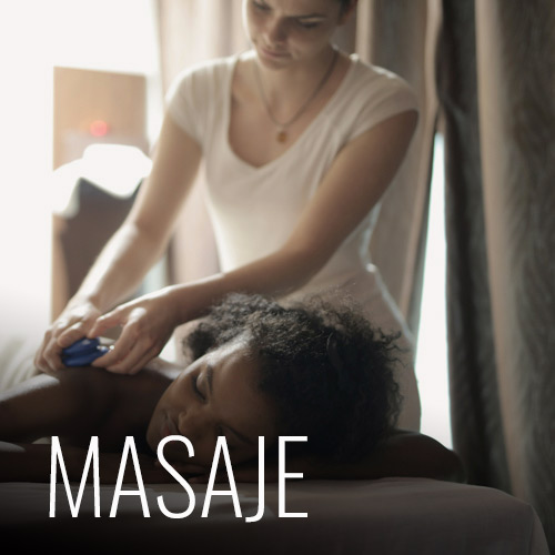 Contamos con masajes cada vez que lo necesites, si deseas uno puedes ir a la recepci[on reservarlo a la hora que necesites. Contamos con masajes empezando con media hora, hasta de una hora y un poco más. También contamos con Spa Day, este incluye masaje de 1 hora, exfoliación con chocolate y baño de hierbas